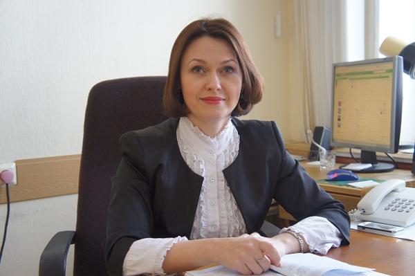 Директор Учебно-методического центра Кузьмина Елена Ивановна, кандидат филологических наук.
